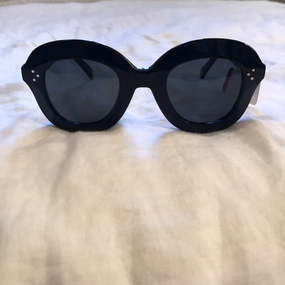 27f8deee404 AUTHENTIC CÉLINE sunglasses nwt!!!